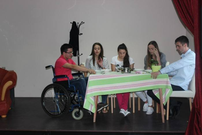 GRADAC: Zatvoren VI. Festival religiozne drame
