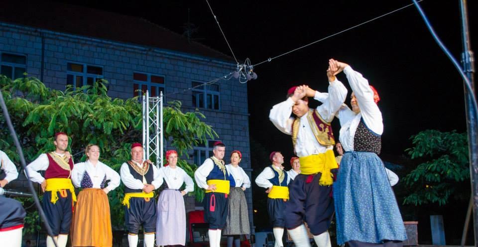 FOTO: Održana Smotra hrvatskog izvornog folklora Posušje 2014.