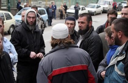 Uhićeno 15 osoba povezanih s vehabizmom, među njima i vehabijski vođa u BiH Husein Bilal Bosnić