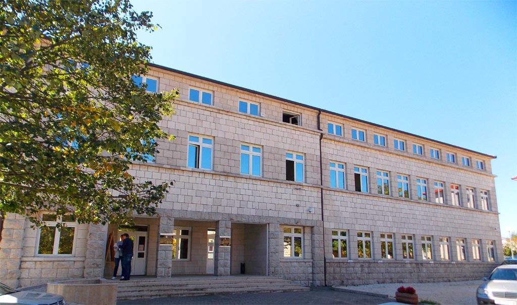 Radovi i u zgradi Općine: Ulaže se u tehnologiju, ali i zaštitu jedne od najljepših posuških građevina
