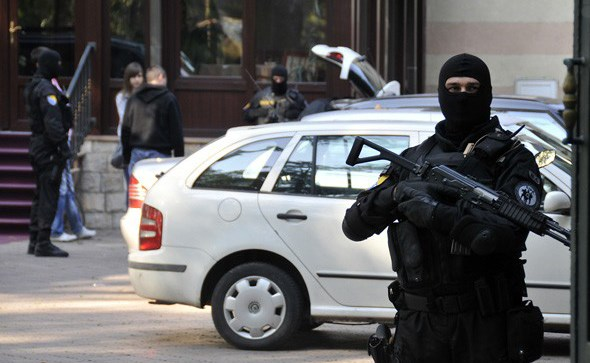 SIPA vrši pretres na osam lokacija: Akcija usmjerena na devet osoba osumnjičenih za kriminal