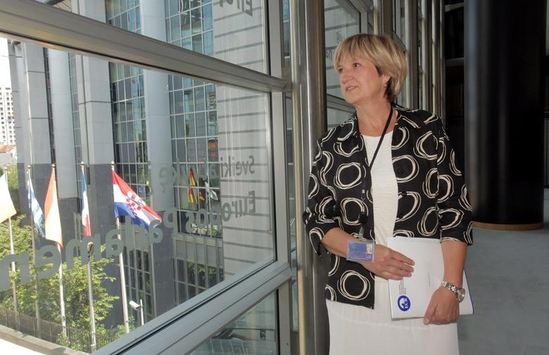 Ruža Tomašić dala ostavku na mjesto predsjednice HSP AS!