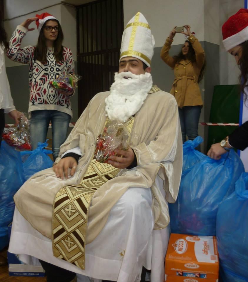 POSUŠJE: Na božićnom sajmu kreativnosti najmlađe darivao sveti Nikola