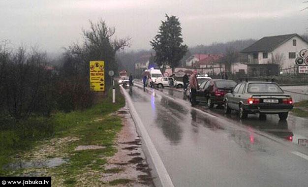 U prometnoj nesreći u Knešpolju sudjelovala dva automobila