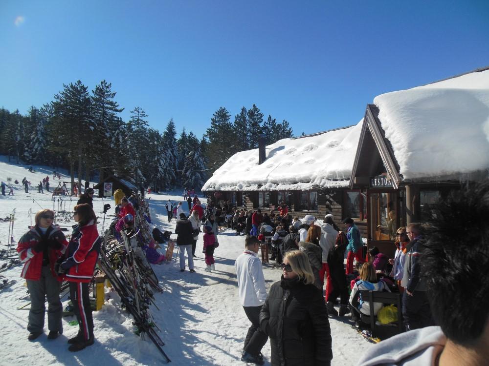 DOČEK NA RISOVCU: Priprema se odličan doček Nove godine na skijalištu Risovac u parku prirode Blidinje