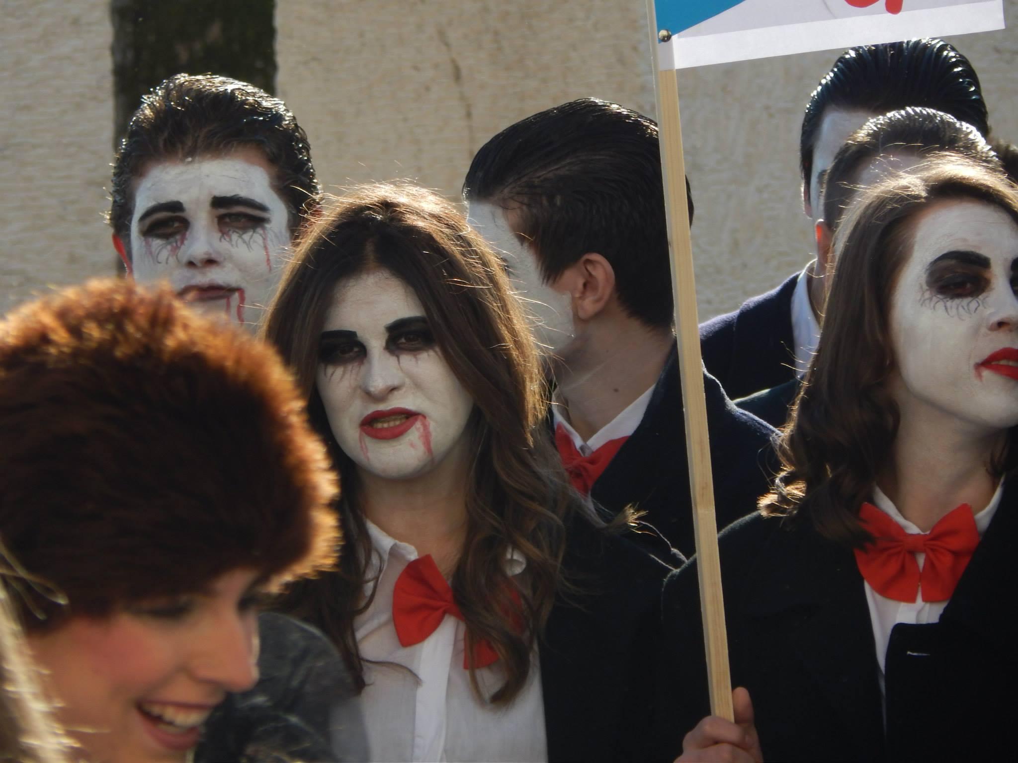 FOTO: Gimnazijalci oduševili maštovitim kostimima, 2. B najbolji!!!