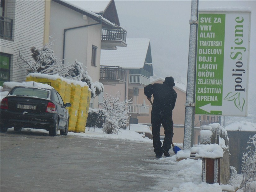 Obavijest o održavanju prilaza objektima u zimskom periodu