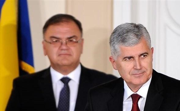 Čelnici dogovorili podjelu ministarstava: Što je pripalo SDA, DF-u, HDZ-u i Savezu za promjene?