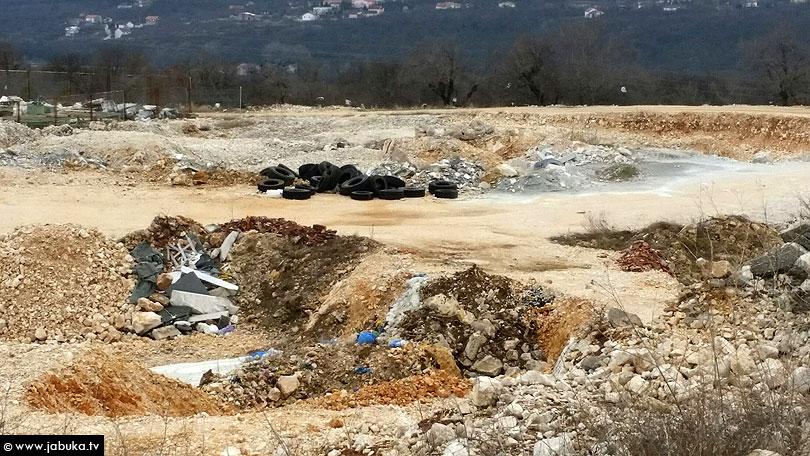 ŠIROKI BRIJEG Prizori iz jame na granici ekocida: EKO ZH i MZ Knešpolje zgroženi, očekuje se policijski očevid