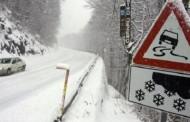 Smetovi i jaka bura zatvorili cestu Posušje – Tomislavgrad