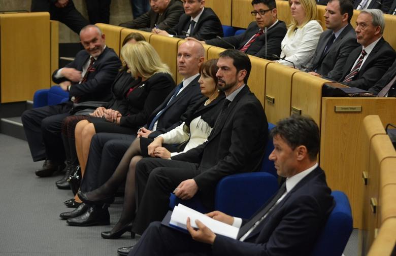 ZAVRŠENA AGONIJA: Imenovana nova Vlada Federacije BiH