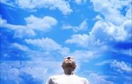 Bog vidi, ali i šuti