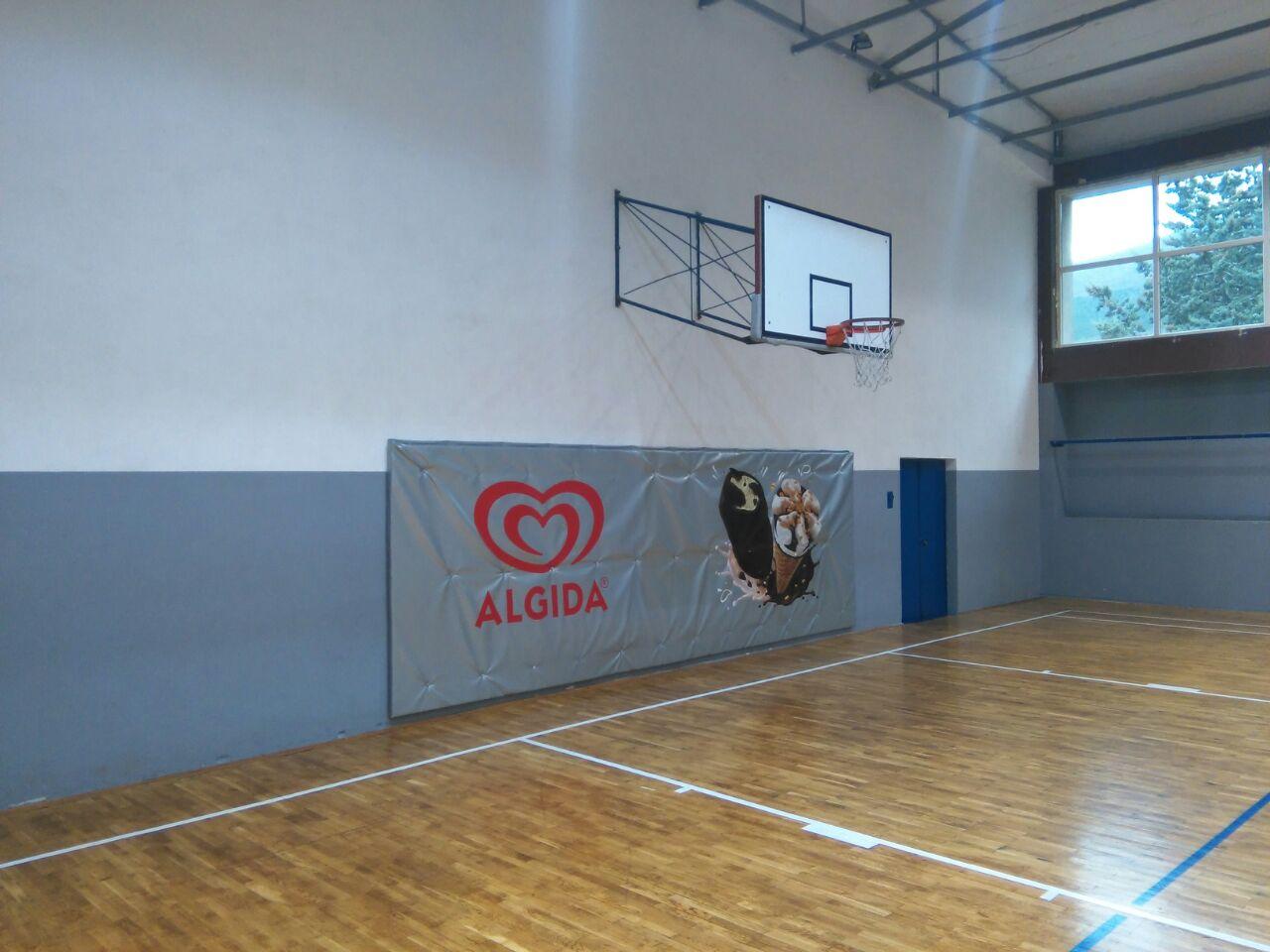 Postavljena zaštita na zidove u maloj športskoj dvorani