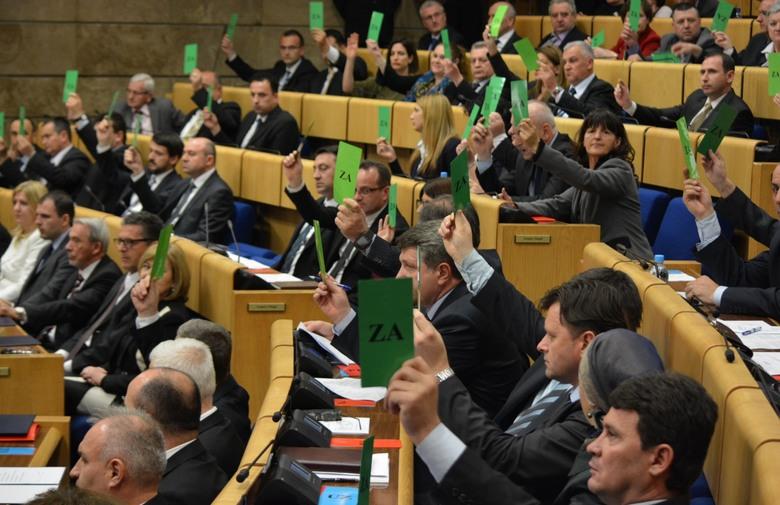 Ministrica financija Jelka MIličević: Treba uvesti porez na luksuz i više stopa PDV-a