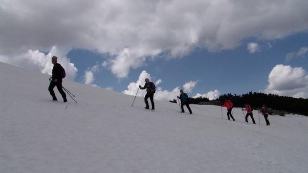 Uspon na Vran sa pogledom na tri jezera