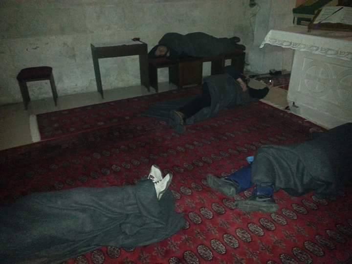 HRVATSKA STVARNOST: Zarobljeni branitelji leže na hladnom podu, klupama, oltaru, invalidskim kolicima…