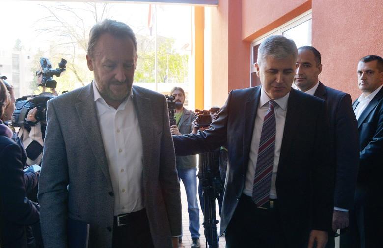 Izetbegović podržao zahtjeve Čovića, za konačnu odluku čeka sastanak s Komšićem