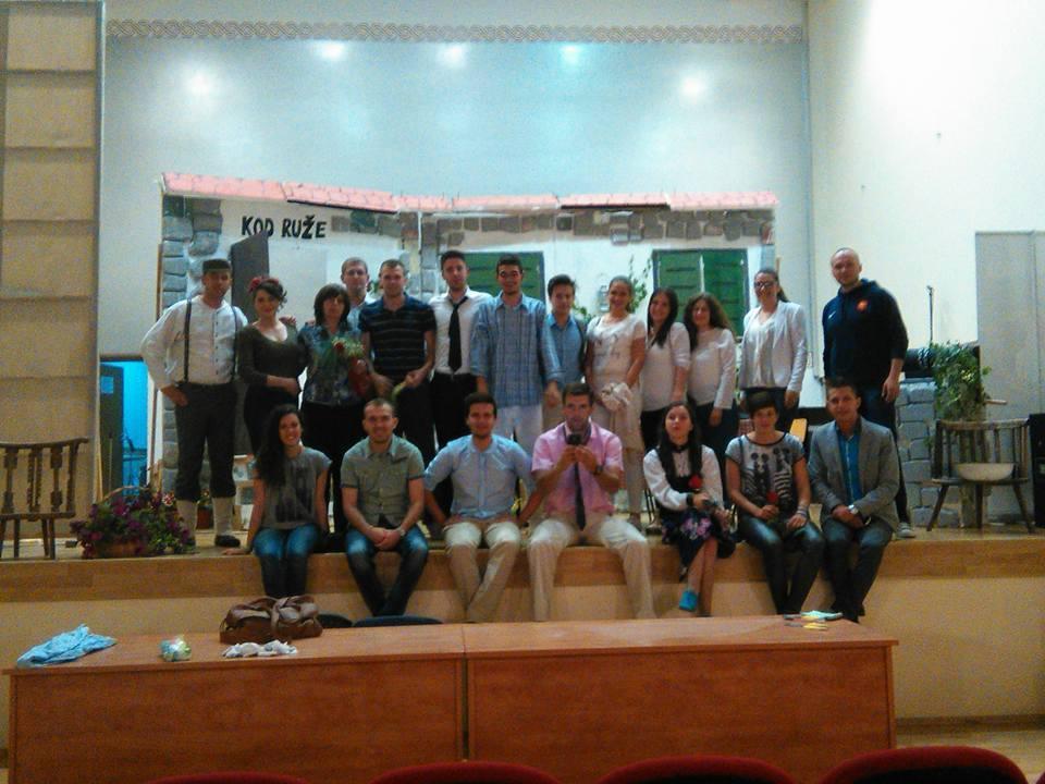 """Mladi iz Tomislavgrada izveli predstavu """"Klupko"""" i pridružili se akciji """"Prijatelji za prijatelja"""""""