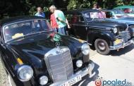 Hercegovačkim gradovima prodefilirali oldtimeri: Najstariji replika Mercedesa K iz 1929. godine
