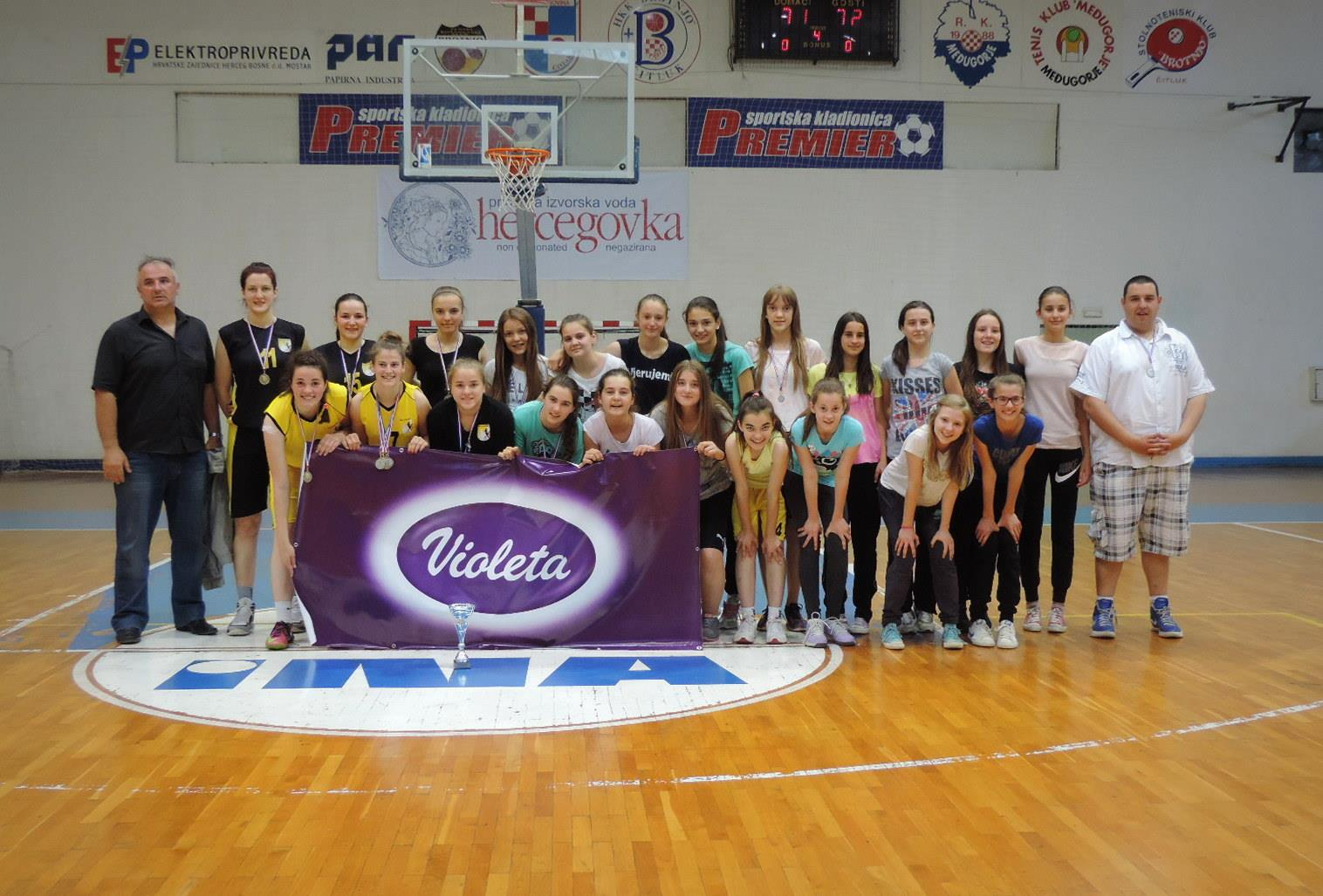 ALL STAR LIGE MLADIH: Medalje i pehari juniorkama i predkatekinjama ŽKK Posušje