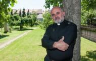 Pater Ike Mandurić: 'Policija je nasilno lovila branitelje kao plijen, činili su to s nelagodom, po zapovjedi'