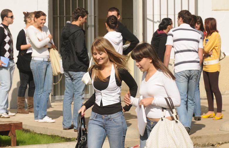 Na Sveučilište u Mostaru stiglo 2897 prijava, još se očekuje 500