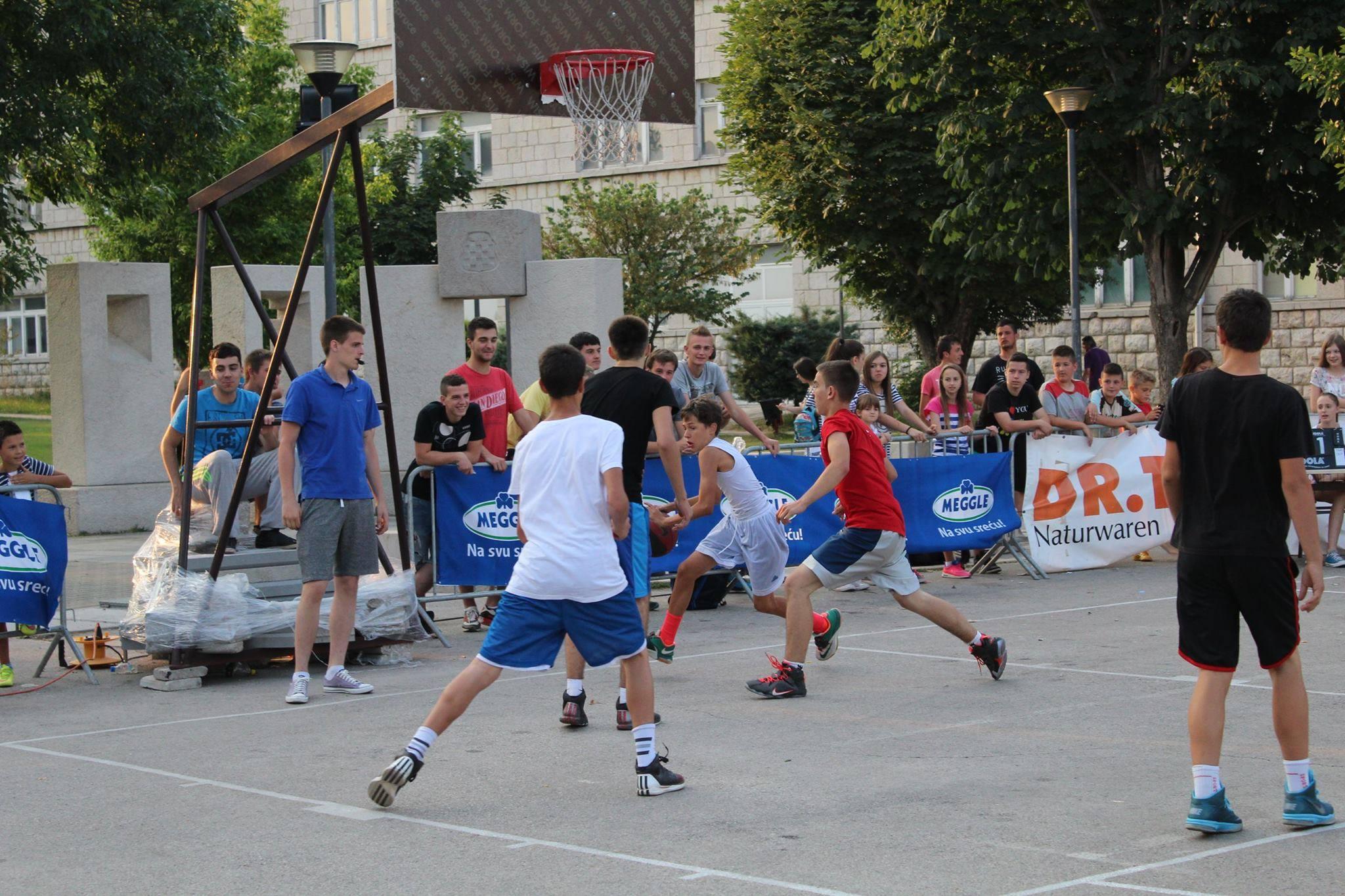 Počeo Streetball turnir u Posušju