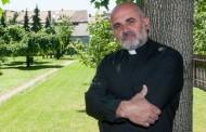 Pater Ike Mandurić: Balašević, Thompson, Seve, cajke … privatnost i umjetnost