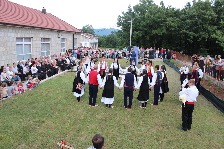 PRIČE IZ BATINA: Svi se radosno sjećaju Fra Petra Bakule