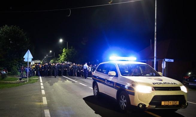 JOŠ IH STIŽE: Tisuće izbjeglica tijekom noći ušlo u Hrvatsku