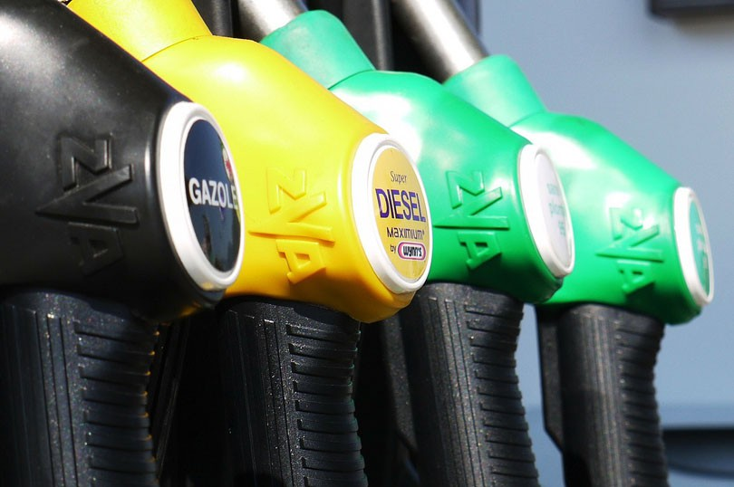Od danas niže cijene goriva širom Federacije BiH, od 0,05 do 0,15 KM po litru
