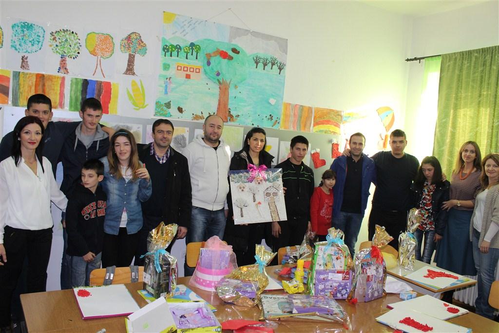 Blagdansko darivanje školskog odjela djece s posebnim potrebama