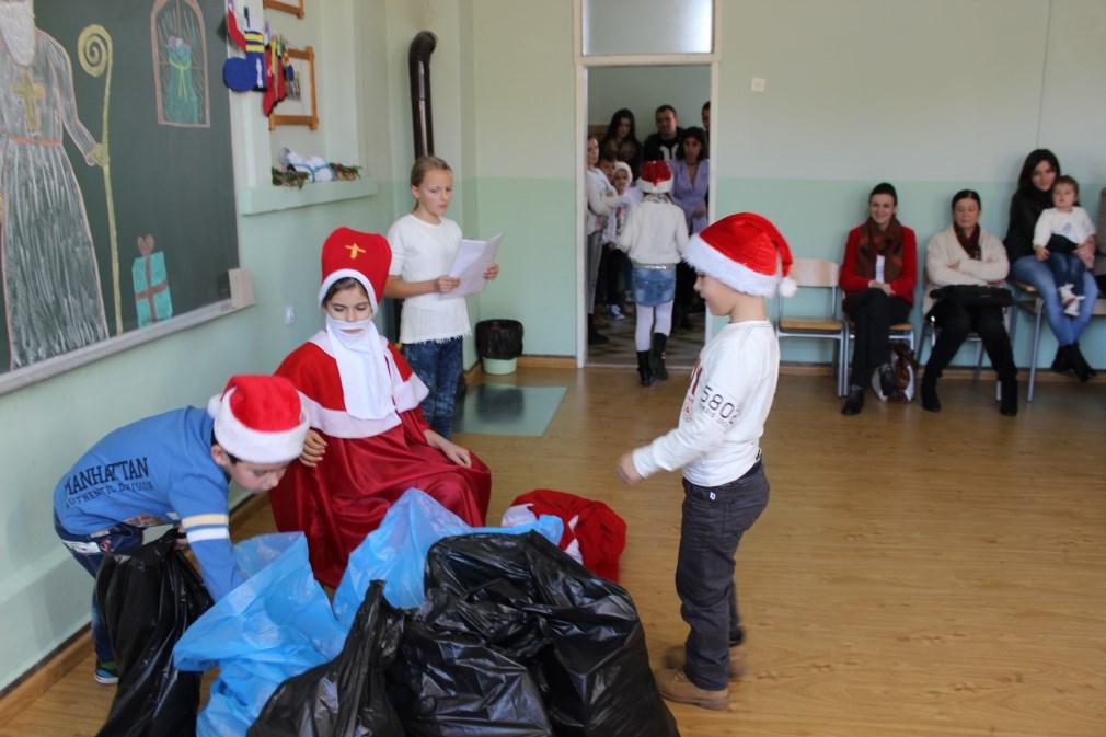 FOTO: Sveti Nikola u Područnoj školi Gradac