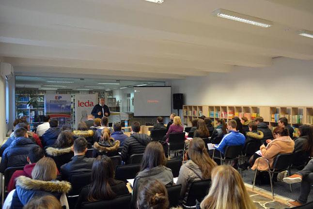 Posuški srednjoškolci u projektu 'Uspješna simbioza gospodarstva i obrazovanja'