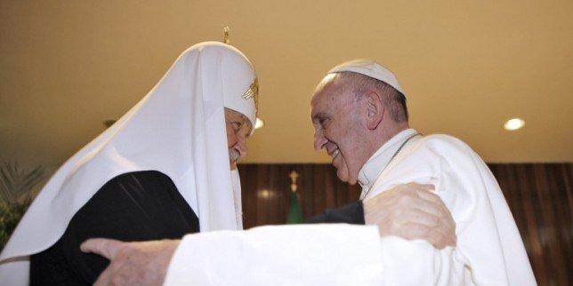 TRENUTAK ZA POVIJEST: Nakon gotovo tisuću godina susreli se Papa i ruski pravoslavni patrijarh