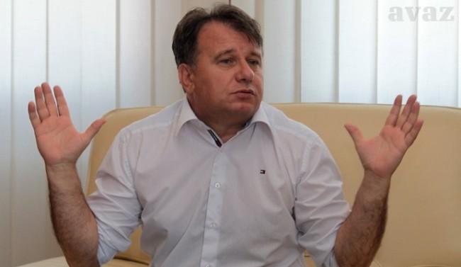 GOSPODIN NIKŠIĆ NERMIN: Odavno pregovaramo, pored DF-a, i sa HDZ-om 1990 i Našom strankom