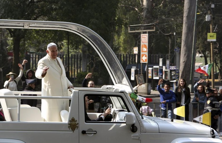 Papa je pozvao na izgradnju Meksika bez trgovaca smrti