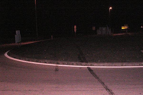 Vandali vozilom uništili zelenu površinu kružnih tokova u Posušju