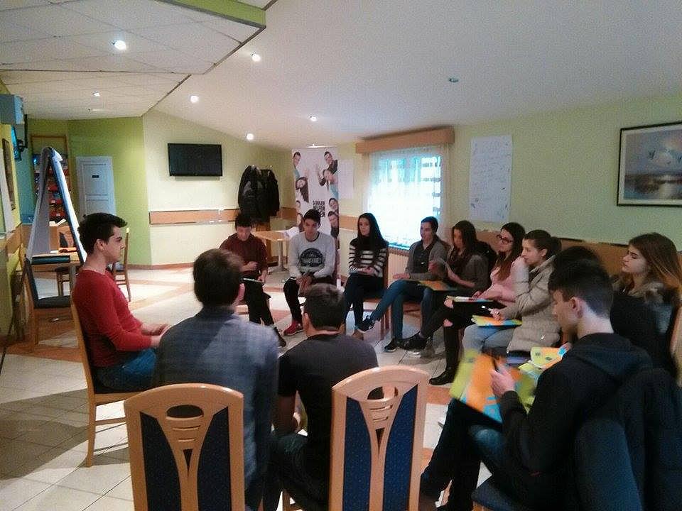 Hercegovački srednjoškolci na seminaru o aktivizmu u Posušju