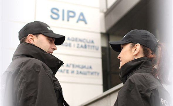 SIPA u akciji 'Lištica' uhitila 14 osoba, u pretresima pronađeno više od 20 tona duhana