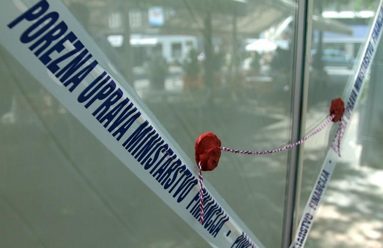 POREZNA UPRAVA FBIH: Zapečaćeno 64 objekta, inspektori otkrili 81 neprijavljenog radnika i 41 objekt
