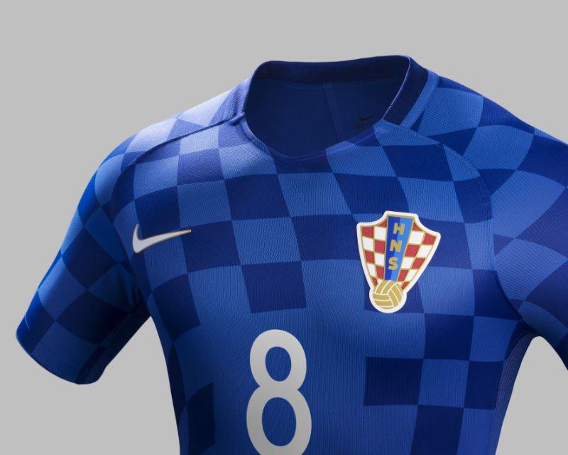 61205592-dres-hrvatske-reprezentacije-za-euro-2016