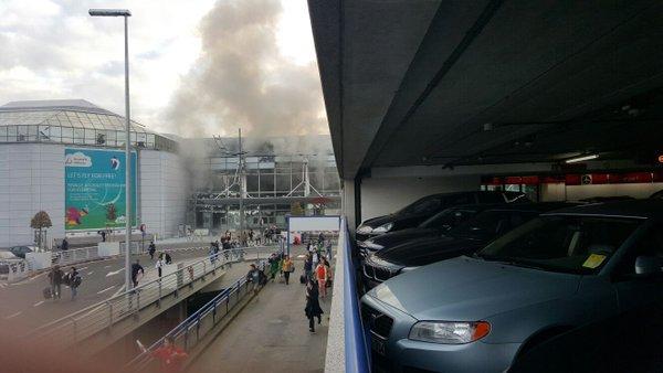 IMA POGINULIH: Dvije eksplozije na aerodromu u Bruxellesu!