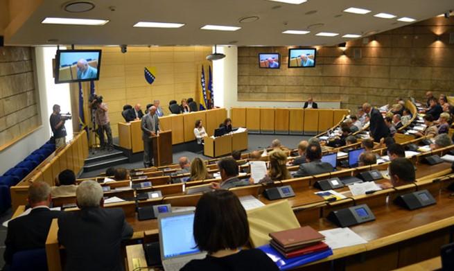 """Parlament FBiH usvojio Nacrt zakona o konverziji kredita u """"švicarcima"""""""