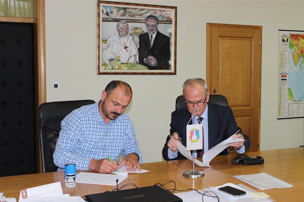 Potpisan ugovor o izradi ekološkog akcijskog plana (LEAP) za Općinu Posušje 2016.-2026.
