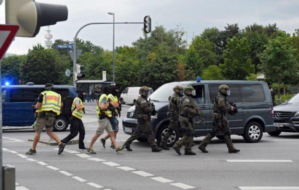 NAPAD U MÜNCHENU: Nekoliko mrtvih u terorističkom napadu