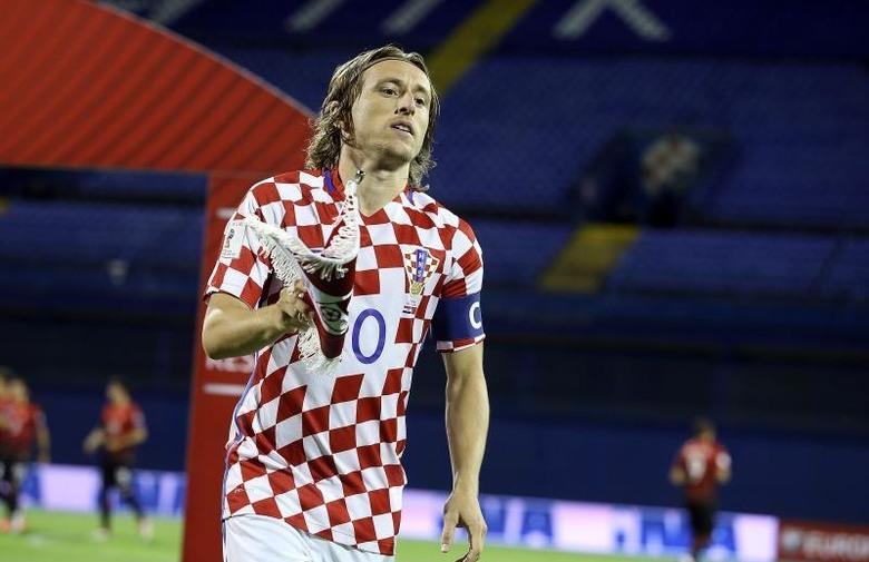 Hrvatska na praznom Maksimiru remizirala s Turskom (1:1)