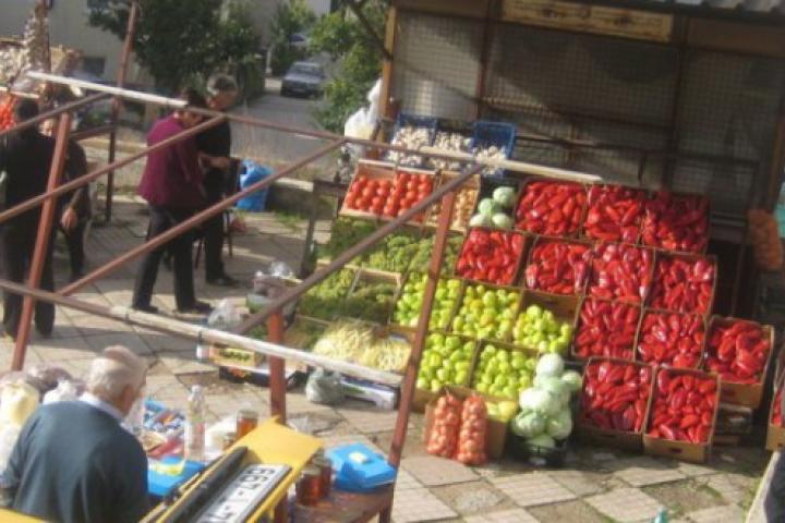 """Posuška tržnica je sve """"življa"""" prodavačima ponajviše iz Hercegovine, ali i Bosne te Dalmacije"""