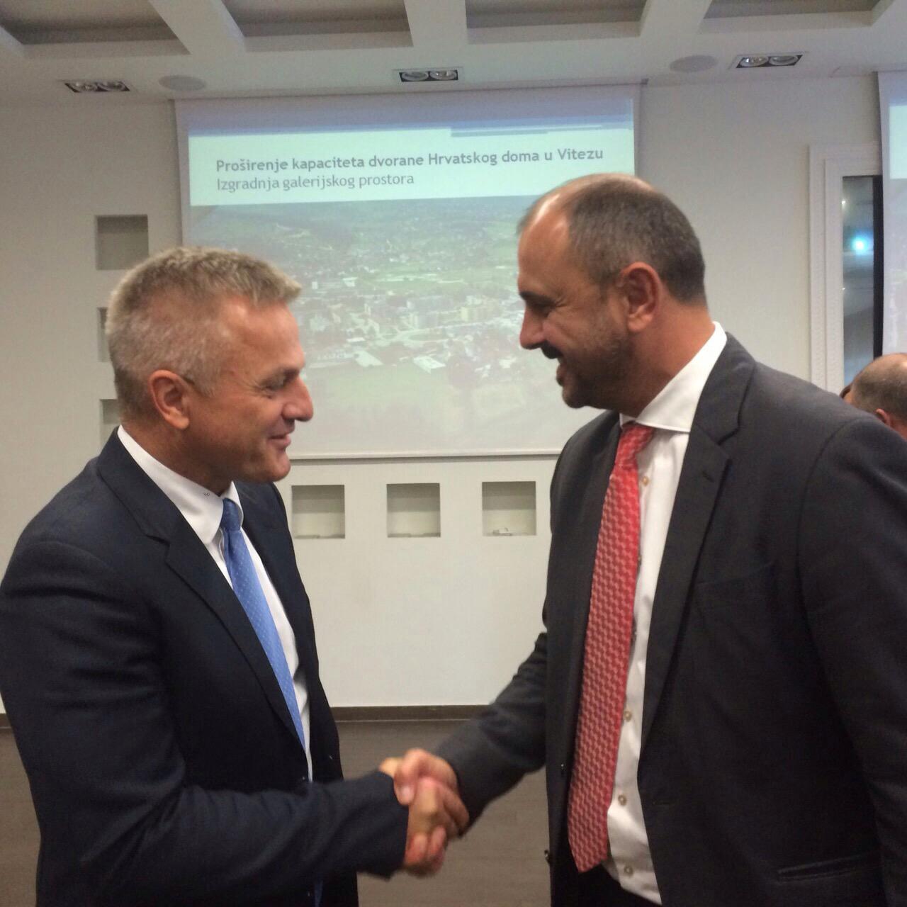 Općinski načelnik Branko Bago u Zagrebu potpisao ugovor za nastavak izgradnje Osnovne škole fra Petra Bakule