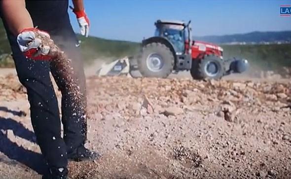 PRIČE IZ HERCEGOVINE: Tvrtka Lager iz Posušja se uključila u priču o smilju i vrši kompletnu pripremu terena za sadnju